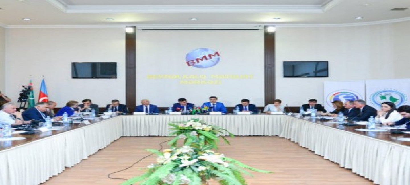 A ROUND TABLE DEVOTED TO THE FIRST CASPIAN ECONOMIC FORUM TO BE HELD IN THE AVAZA NATIONAL TOURIST ZONE WAS HELD IN BAKU